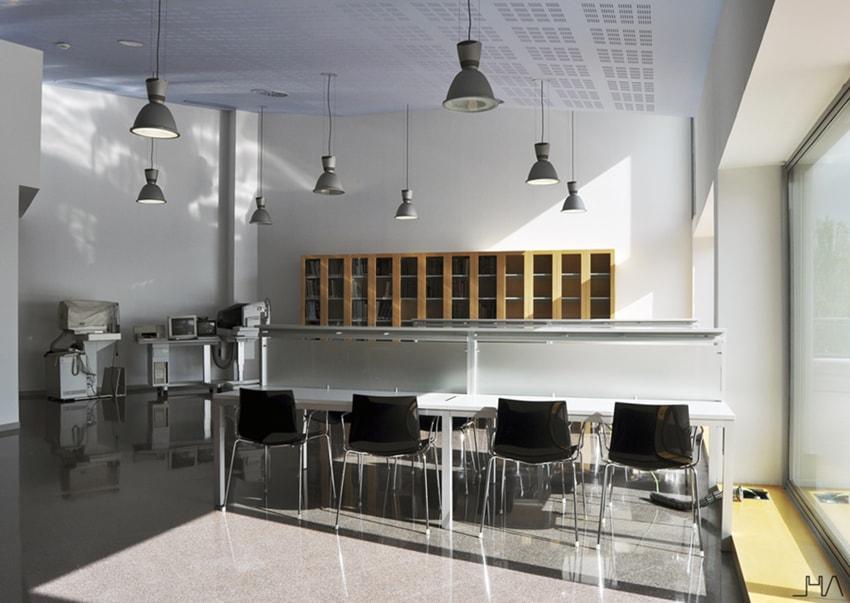 imo-barcelona-llinas-library