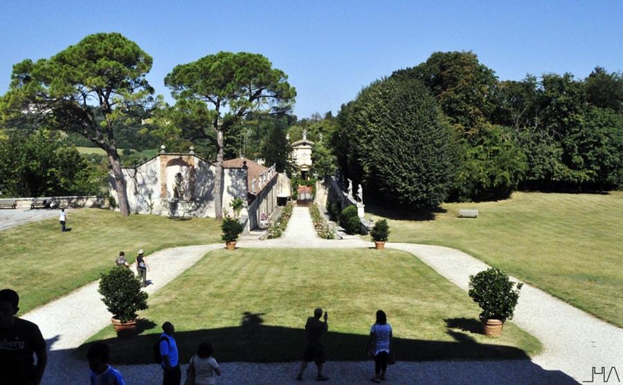 rotonda-palladio-garden