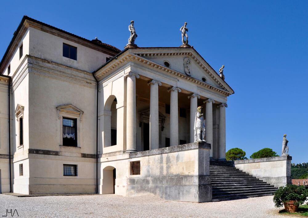 rotonda-palladio-loggia