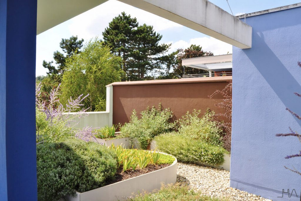 weissenhof-le-corbusier-rooftop-garden
