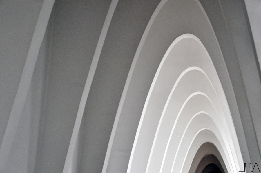 gaudi-teresianes-arcos-parabolicos