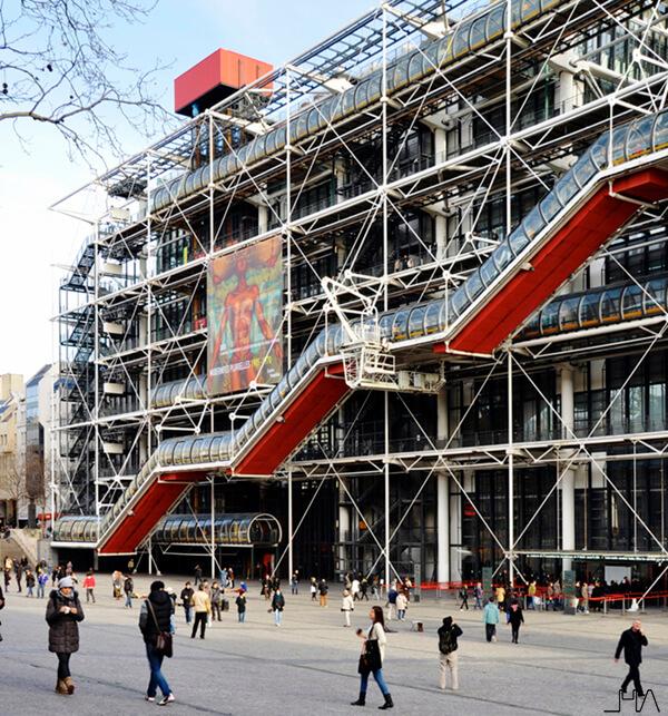 pompidou-rogers-piano-facade