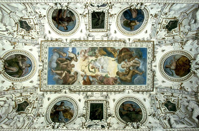 rotonda-palladio-interior-ceiling